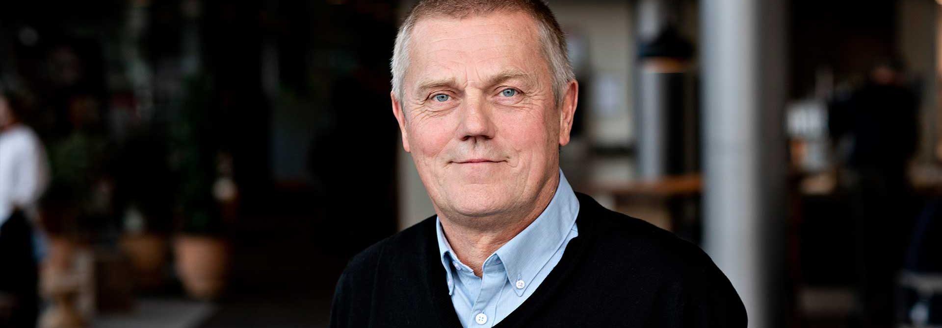 Arne Grevsen, Fagbevægelsens Hovedorganisation (FH)