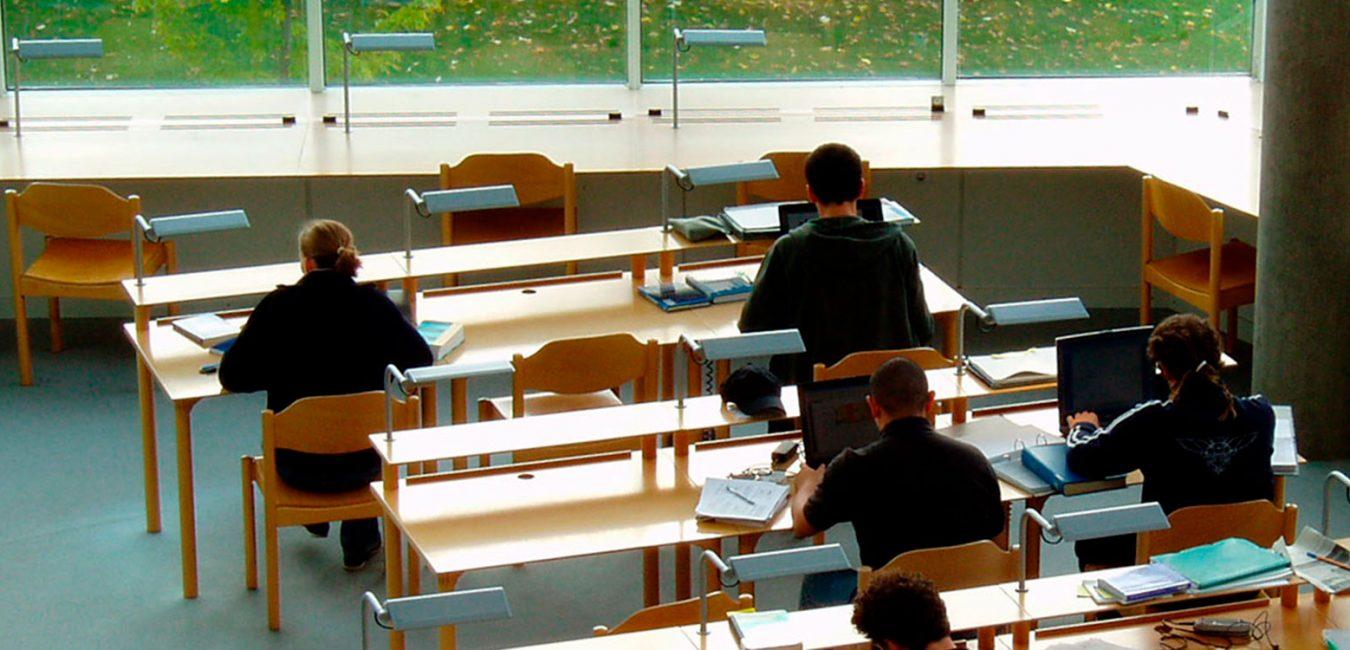 Uddannelse, næsten tomt klasseværelse