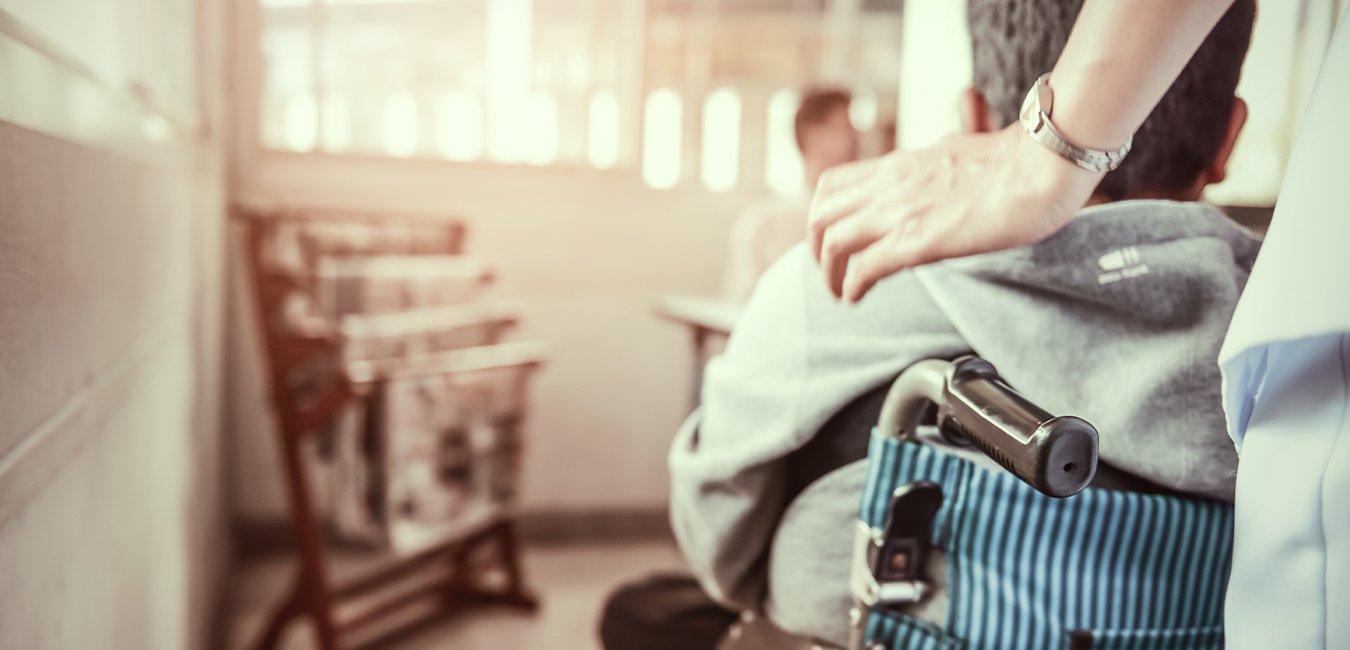 Shutterstock, handicappede, sygeplejerske