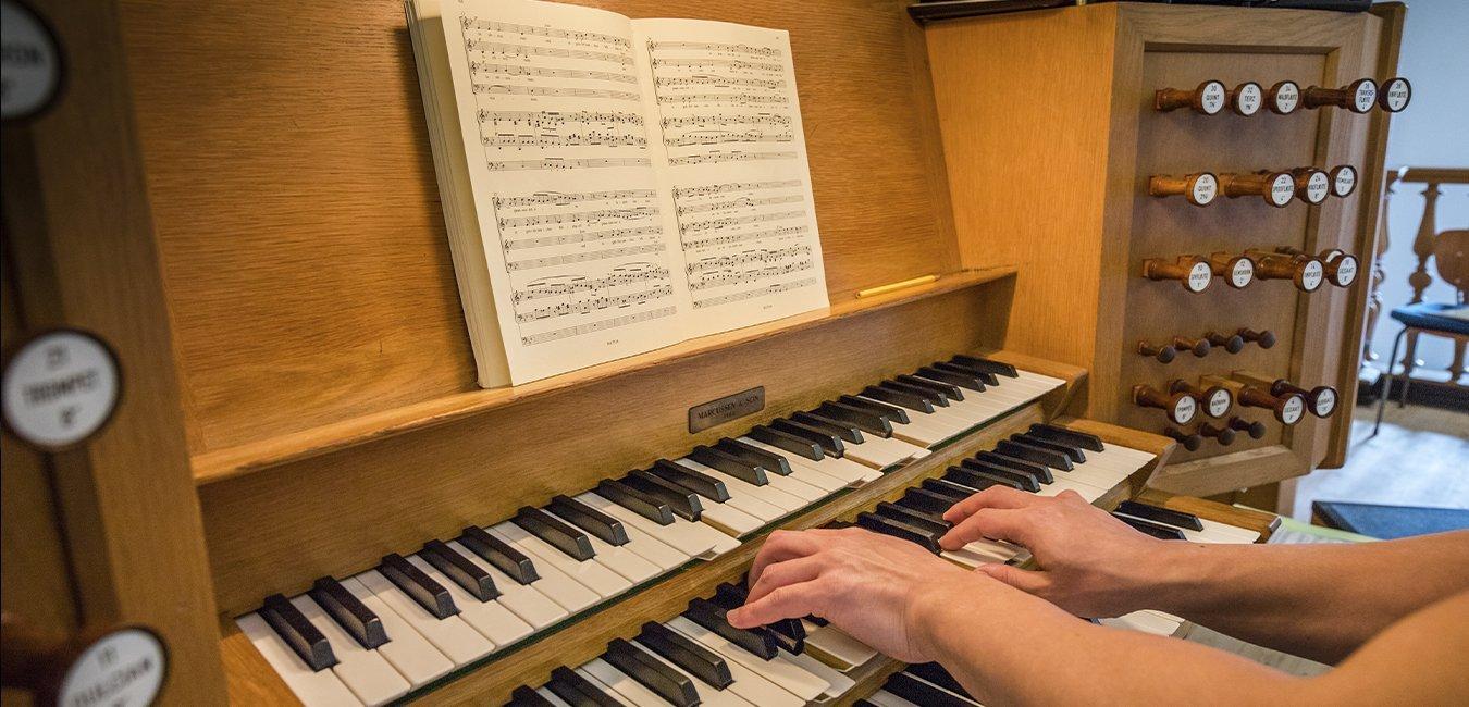 Kirkemusiker, orgel